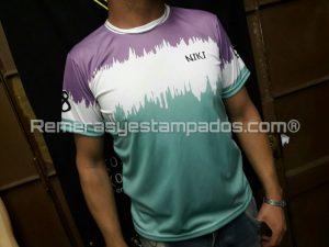 Frente Camiseta Sublimada entera Egresados degradee remerasyestampados.com